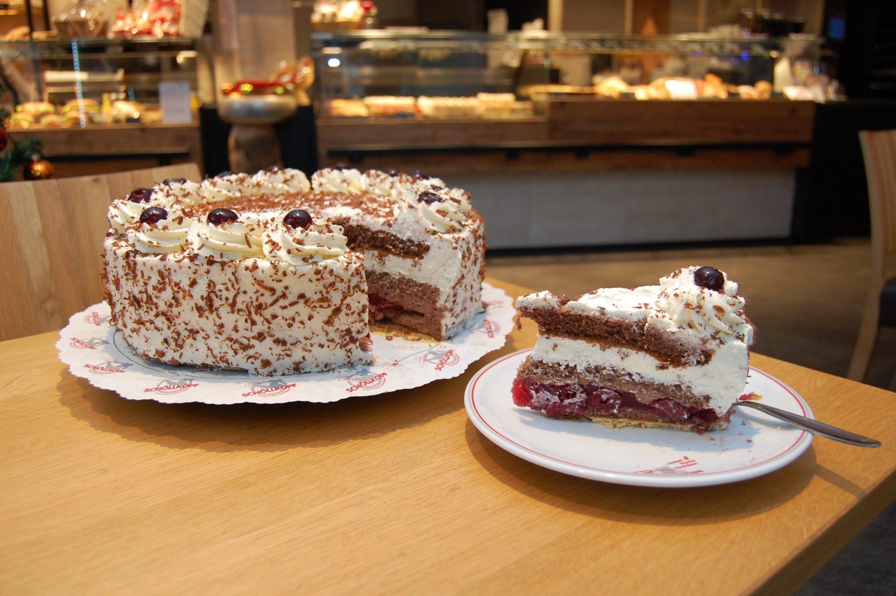 Kuchen und Torten aus unserer Konditorei